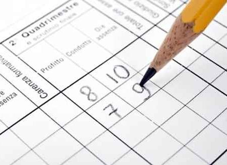 Assegnare voti in decimi, centesimi, ecc. utilizzando le proporzioni.