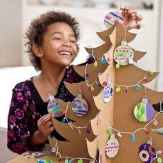 Riciclare scatole di cartone: giocattoli per bambini